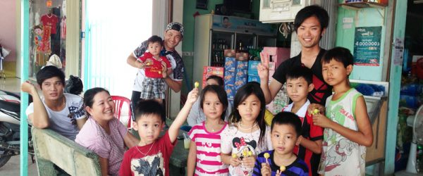 カンボジアキッズと300個のアメちゃん