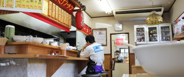 奈良の道中のラーメン屋
